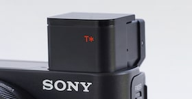 Close-up of the Sony DCS-RX100 III Cyber-shot digital camera built-in electronic viewfinder