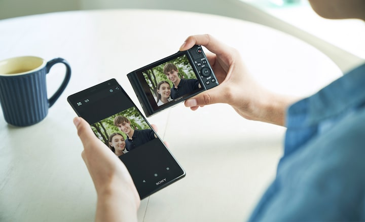 Instant connectivity for easy sharing