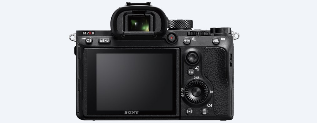 Sony α7R III 35 mm full-frame camera with autofocus
