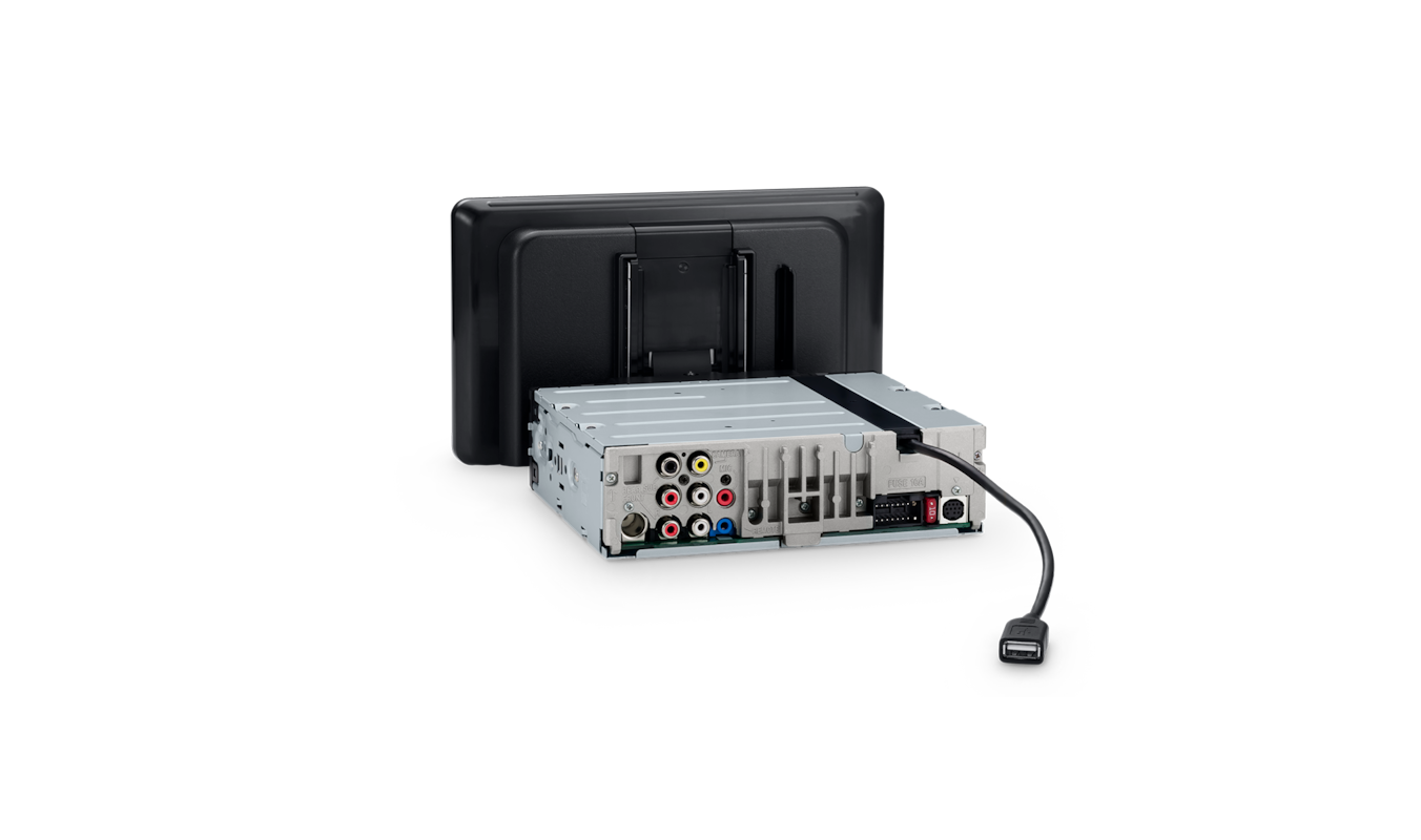 XAV-AX8100 rear view showing USB connection