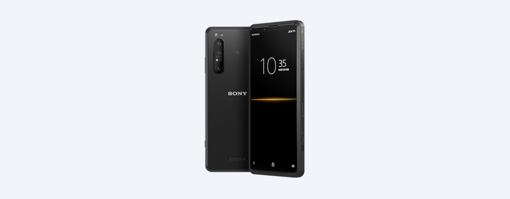 Images of Xperia PRO with 5G mmWave and 5G Sub-6 for High-Speed Data Transfer