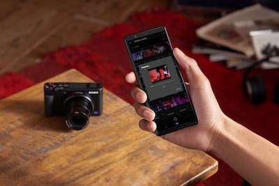 Instantly transfer movies to your smartphone