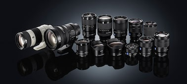 Picture of a7R II with back-illuminated full-frame image sensor