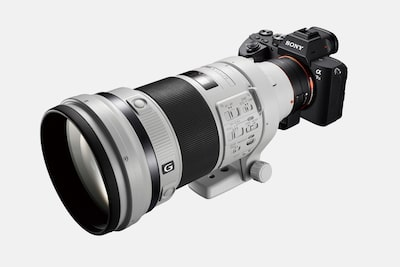 Focal-plane phase-detection AF supports A-mount lenses