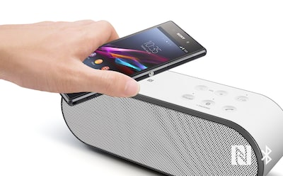NFC Bluetooth wireless streaming