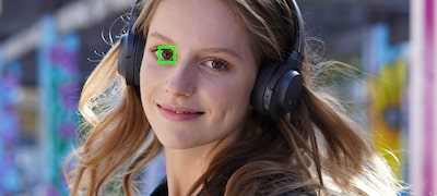 Enhanced Real-time Eye AF supports portrait shooting