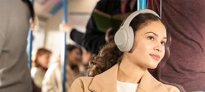 Uyarlanabilir Ses Kontrolü, otomatik olarak konumunuza ve davranışınıza göre ayarlanır